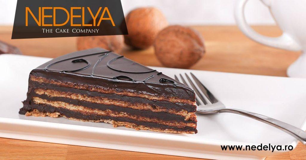 tort cu nuci ciocolata bun