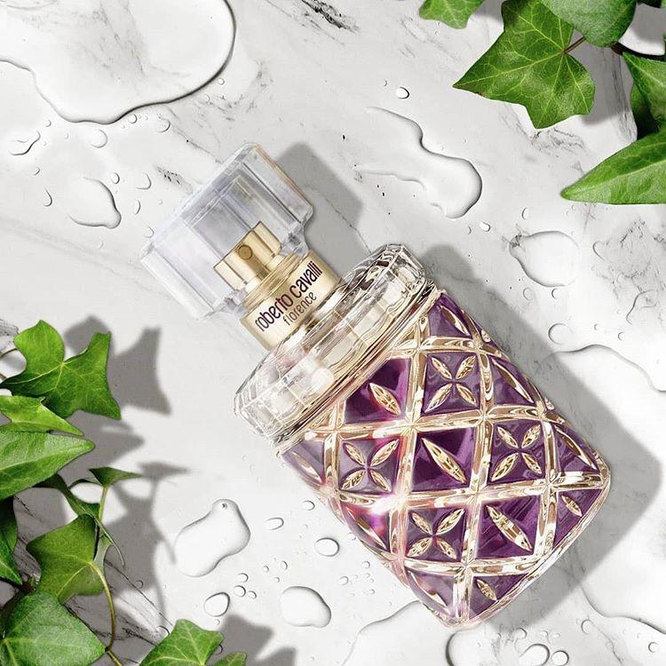 Cauta? i parfumuri pentru femei