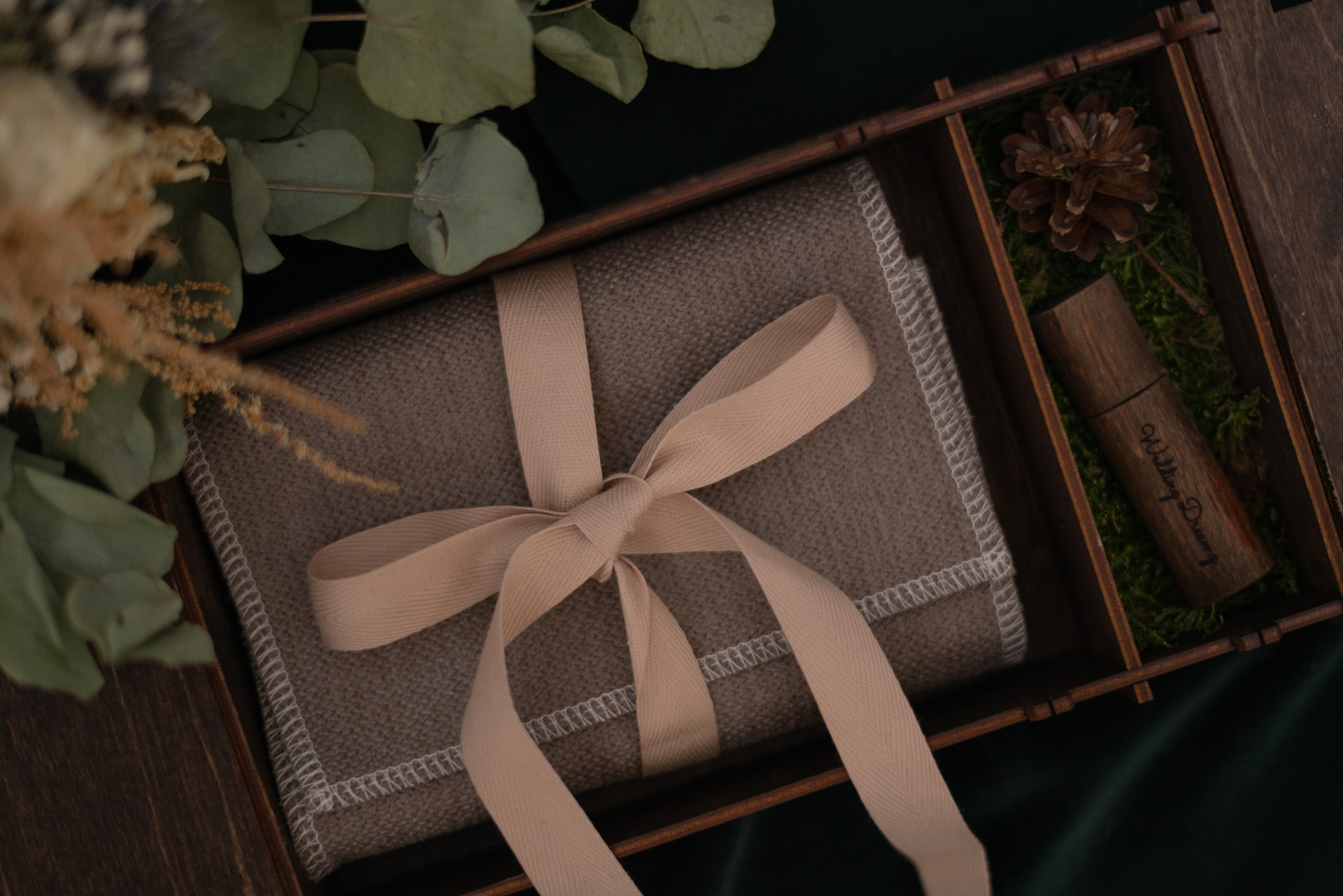 Cadouri pentru miri de la nasi